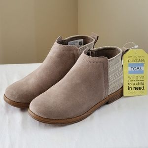 TOMS Suede Girls Ankle Boots size 3